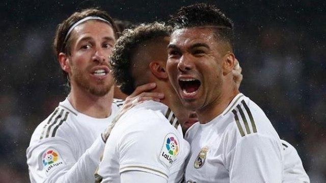 Casemiro vira 'melhor volante do mundo' na Espanha após vitória do Real