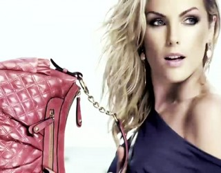 Ana-s-photoshoot-for-Ana-Hickmann-Bags-campaign-Making-Of-ana-hickmann-32469740-700-400