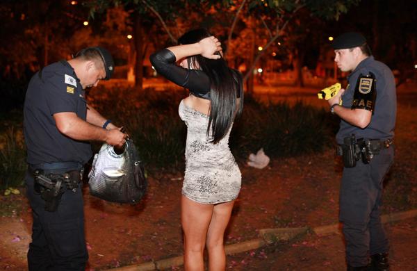 fotos jardim itatinga : fotos jardim itatinga:campinasnamadrugada_0037xx-1637703.jpg